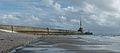 Seaside and Breakwater of Le Havre (cropped) 20140512.jpg