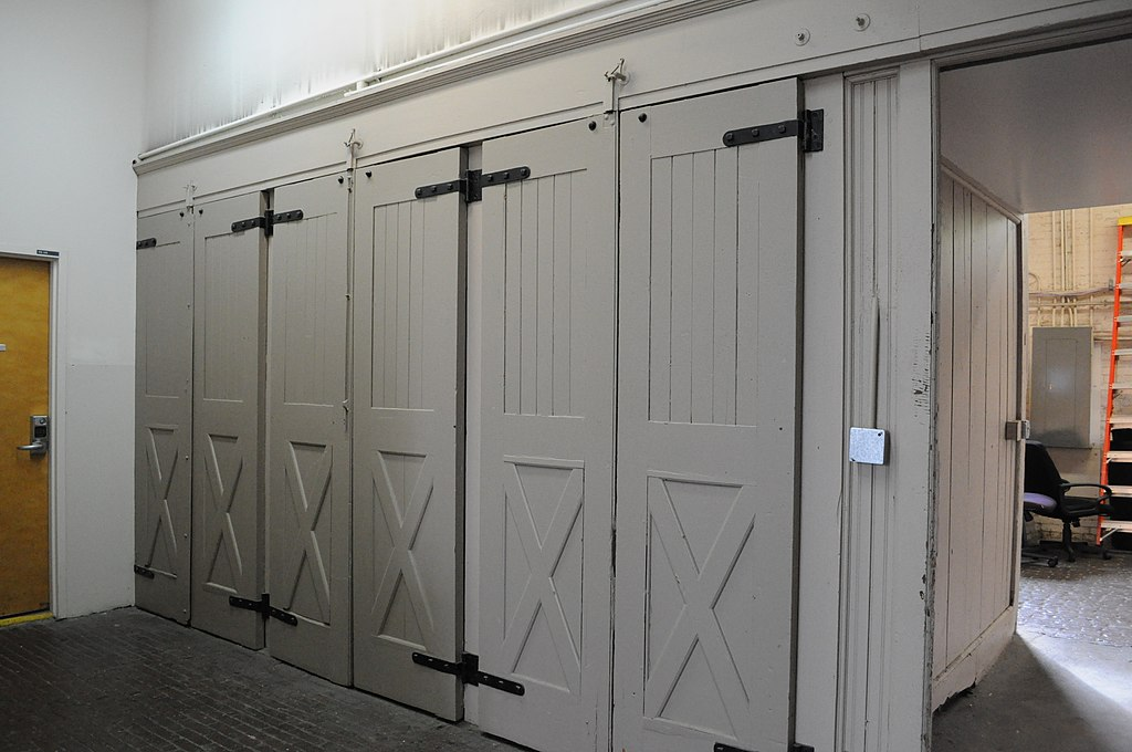 Fileseattle Engine House No 3 Some Interior Doorsg