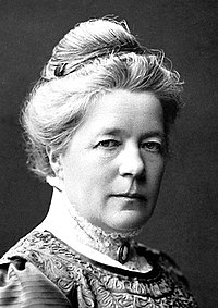 Black-and-white portrait photograph of Selma Lagerlöf in 1909