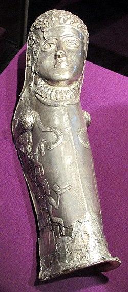 Sepoltura principesca di agighiol, paramento in argento, 350-300 ac. ca. 02.JPG