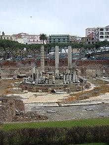 تاريخية مدينة بُوتِسْوُولِي الإيطالية