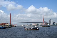 Shanghai boat bund 31.jpg