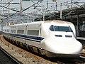 Shinkansen 700 (8086199697).jpg