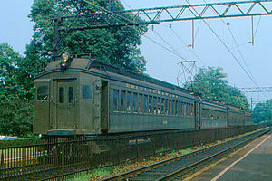 Short Hills - Erie-Lackawanna Commuter Train (1978).jpg