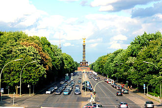 Straße des 17. Juni - Looking east from the S-Bahn-Station Tiergarten along the Straße des 17. Juni, with the Victory Column in the distance.