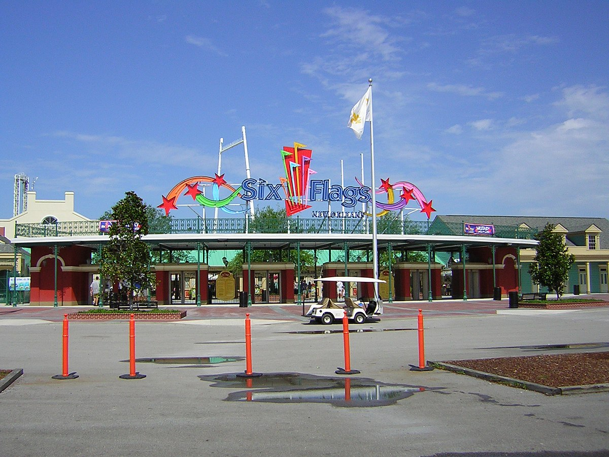 Six Flags New Orleans - Wikipedia