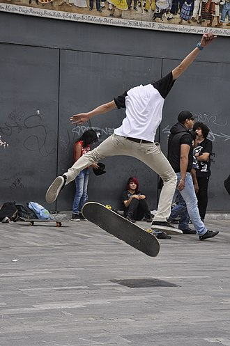 Flip trick - Image: Skateboarding at Mexico City Flip 124