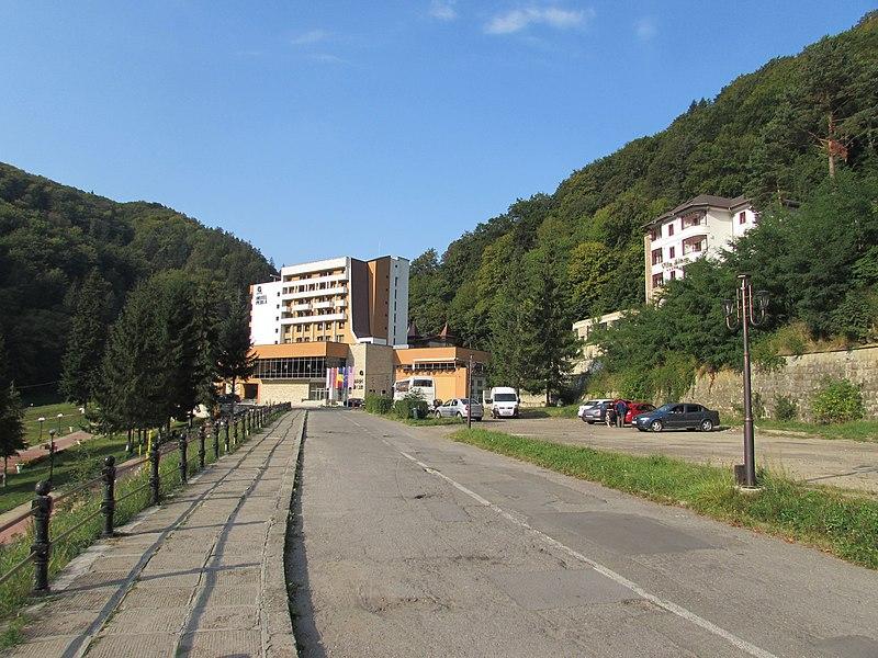 File:Slanic Moldova35.jpg