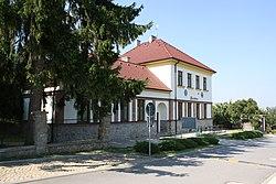 Slatina - Radnice, hospoda, obchod.jpg
