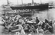 Smyrna-massacre-refugees port-1922