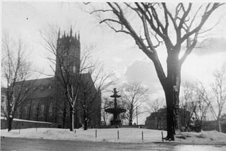 Meeting House Hill - St. Peter's Church and Lyman Memorial Fountain, 1941.