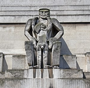 55 Broadway - Image: St James's Park Station sculptures – Day by Jacob Epstein