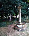 St Peter's church, Dumbleton, churchyard 4.jpg
