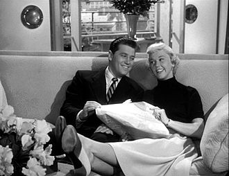Doris Day - With Gordon MacRae in Starlift (1951)