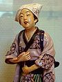 Statuette japonaise faïence Musée Saint-Remi 328 03.jpg