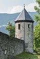 Stift Ossiach Friedhof NO-Ecke Wehrmauer mit Rundturm 08072015 5677.jpg
