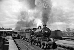 Stirling railway station, Scotland - Dundee - Edinburgh express in 1957