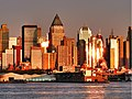 Sunset on the Hudson waterfront (3029976169).jpg