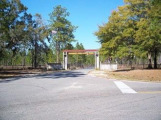 Suwannee River State Park - Image: Suwannee River State Park entrance 01