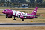 TF-BRO Airbus A320-200 WOW air DUS 2018-07-31 (34a) (29178732957).jpg