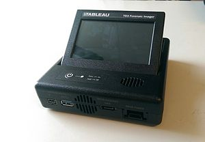 Digital forensic process - Example of a portable disk imaging device