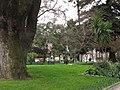 Talca, plaza (14836795037).jpg
