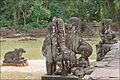 Taureau Nandin et lions gardiens du temple Preah Kô (Angkor) (6970005489).jpg