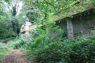 Newington Cemetery - The vaults, Newington Cemetery