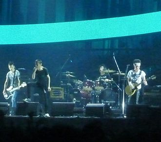 The Cro-Magnons - The Cro-Magnons live in Japan, 2011