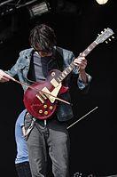 Tim Digby-Bell (Duologue) (Haldern Pop Festival 2013) IMGP5958 smial wp.jpg