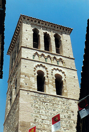 Iglesia de Santo Tomé, Toledo - Mudéjar tower inlaid with glazed ceramic of the church of Santo Tomé.