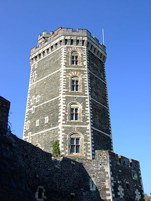 Oudon - The 14th century tower of the Château d'Oudon