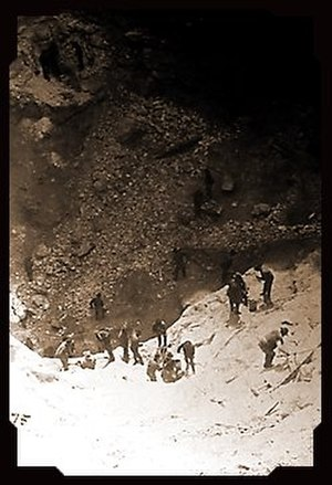 Treadwell gold mine - Miners working in the Glory Hole, circa 1900s