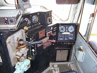 Cab (locomotive) - Image: UP Centennial control stand