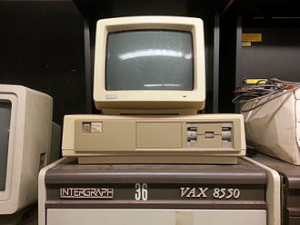 DEC Professional (computer) - A DEC  Professional used as a console for a VAX 8550