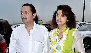 Varsha Usgaonkar - Usgaonkar with husband Ajay Shankar in 2014