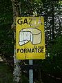 Venda de formatge al coll d'Ezkurra P1270478.jpg
