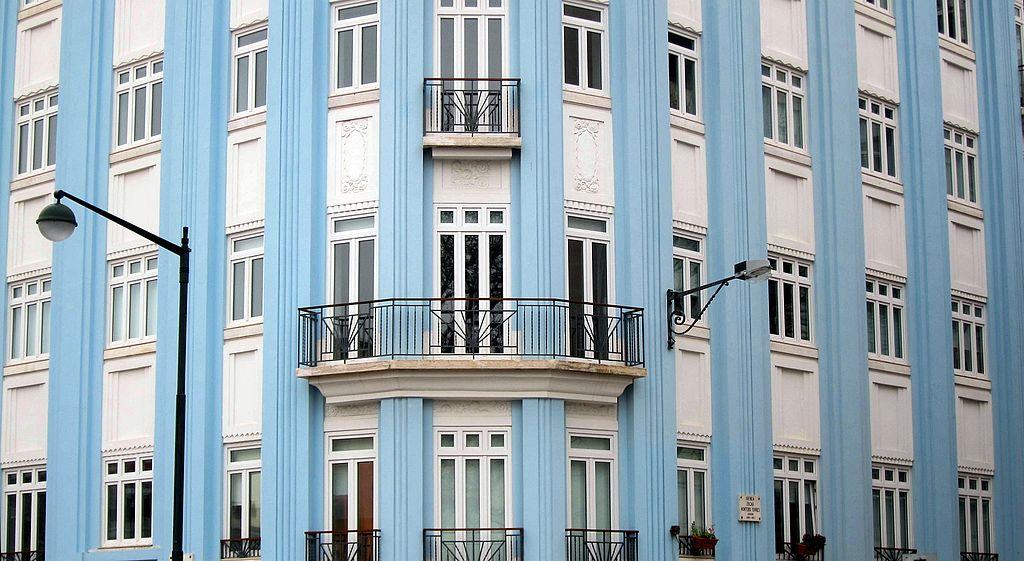 Façade et façade art deco du Campo Pequeno 42 à Lisbonne - Photo de Bosc d'Anjou