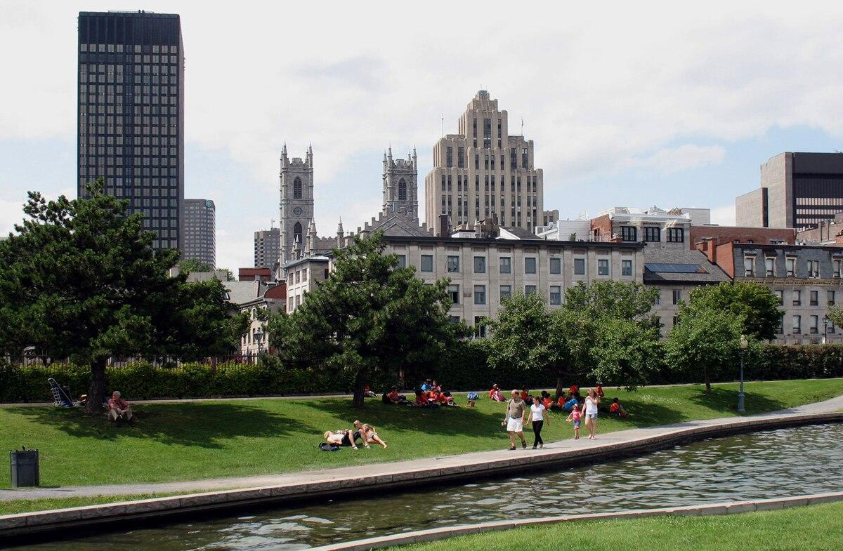 Vieux-Montréal — Wikipédia