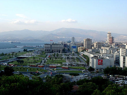 Izmir, the third metropolis of Turkey (after Istanbul and Ankara) View of Konaj Square.jpg
