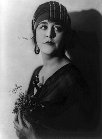 Virginia Pearson - Pearson circa 1918