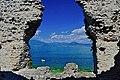 Vista blu dalle Grotte di Catullo.jpg
