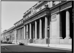 WEST END OF SOUTH FACADE. - Pennsylvania Station.tif