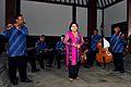 Waldjinah met Orkes Keroncong Bintang Surakarta Tong Tong Fair2.jpg