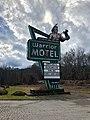 Warrior Motel Sign, Cherokee, NC (45727004195).jpg