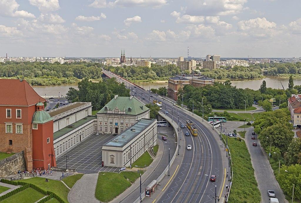 Vue de l'église Saint Anne vers la rive opposé de la Wisla à Varsovie. Photo de A.Savin