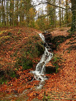 Waterfall by the country park road - geograph.org.uk - 1041839