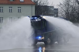 Water cannon - WaWe 10.000 of Hamburg Riot Police