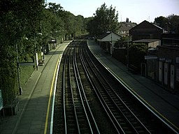 West Finchley Stn S from footbridge