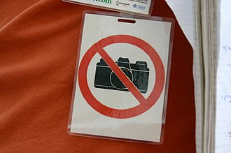Internet privacy - 'No photos' tag at Wikimania